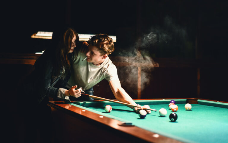 billiard, couple, smoke, love